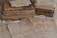 Documentos antiguos imagenes de archivo