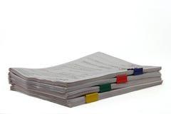 Documentos con los paperclips Imagen de archivo libre de regalías