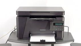 Documentos de la impresión en la impresora laser