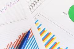 Documents de finances Photos stock