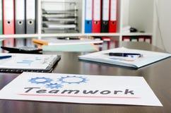Documents sur le lieu de travail Photo libre de droits