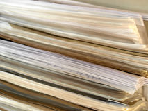 Documents sur papier de bureau image stock