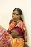 Documetary ledare Pondicherry Jipmer sjukhus, Indien - Juni 1 2014 Full dokumentär om patient och deras familj Documetar Arkivbild
