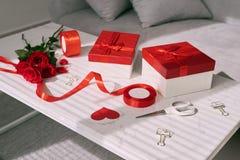 8 dodatkowy ai jako tła karty dzień eps kartoteki powitanie wizytacyjny teraz podczas oszczędzonych valentines biel Czerwone róże Obraz Royalty Free