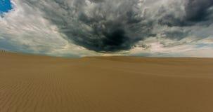 Dode Bewolkte Woestijn Timelapse 4k stock videobeelden