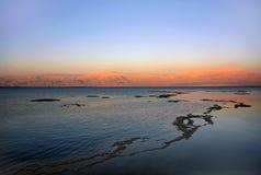 Dode overzees bij zonsondergang Royalty-vrije Stock Fotografie