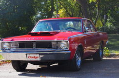 Dodge vermelho restaurado clássico Imagem de Stock