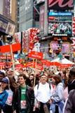 dodicesimi IL FEI REVLON funziona/camminata per le donne, NY Fotografia Stock Libera da Diritti