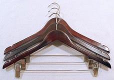 Doek drogende hanger met metaalclipper Stock Afbeeldingen