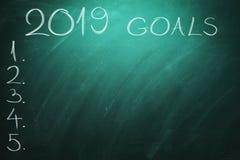 2019 Doelstellingen op groene raad bord Nieuw jaar - nieuwe bedrijfsuitdagingen royalty-vrije stock afbeeldingen