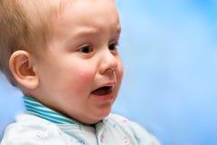 Doen schrikken babyjongen Royalty-vrije Stock Afbeelding