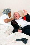 Doen schrikken gedronken met boze vrouw Royalty-vrije Stock Foto's