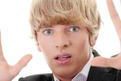 Doen schrikken jonge zakenman stock foto's