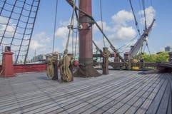 Doen VOC船的细节在Scheepvaartmuseum阿姆斯特丹的荷兰 图库摄影