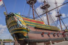Doen VOC船的细节在Scheepvaartmuseum阿姆斯特丹的荷兰 免版税库存图片