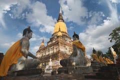 Doende leunen Boedha, Wat Yai Chai Mongkol Stock Foto