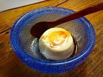 Dofu di Jimami, dessert dolce del tofu sull'isola di Tokashiki in Okinawa, Giappone Fotografia Stock
