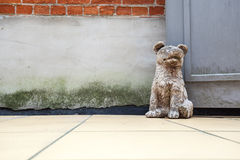 Free Dog Door Stop Royalty Free Stock Photography - 98161657