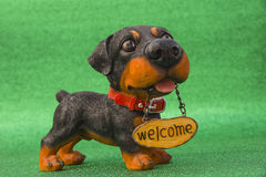 Dog with the inscription Welcome Royalty Free Stock Photos