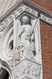 Doge ` s παλάτι στην πλατεία SAN Marco, ανακούφιση στην πρόσοψη, Βενετία, Ιταλία Στοκ εικόνες με δικαίωμα ελεύθερης χρήσης