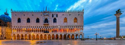 Free Doge`s Palace At St. Mark`s Square In Venice Italy At Sunrise Royalty Free Stock Photos - 116600358
