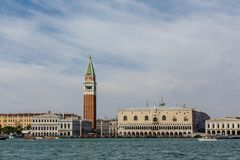 Free Doges Palace In Saint Marks Square Royalty Free Stock Image - 118597466