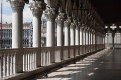 Doges slott i Venedig royaltyfri bild