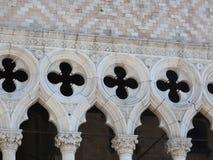 Doges slott, Venedig, Italien och arkitektoniska beståndsdelar arkivfoton