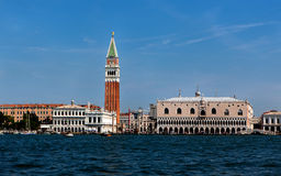 Dogeslott, San Marco Campanile, Venedig, Italien Arkivbilder