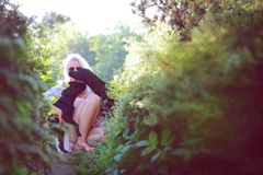 Doggymom Royaltyfria Bilder