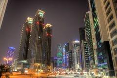 Doha śródmieście przy nocą. HDR wizerunek zdjęcia royalty free
