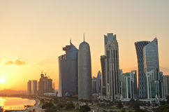 Doha στο ηλιοβασίλεμα στοκ εικόνα με δικαίωμα ελεύθερης χρήσης