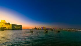 Doha-Buchtseeseite lizenzfreies stockfoto