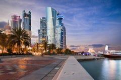 Doha Corniche i centrum miasta ulica Obraz Stock