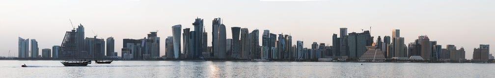 Doha eleva-se panorama em 2018 foto de stock royalty free