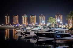 Doha, Katarski 2018 Listopadu Panoramiczny Corniche denna strona widok obraz royalty free