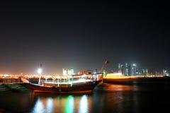 Doha - Qatar - Nachtszene Stockfotografie