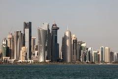 Doha w centrum linia horyzontu, Katar Zdjęcia Stock