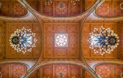 Dohany街犹太教堂的天花板在布达佩斯,匈牙利 库存图片