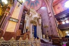 Dohany街犹太教堂(伟大的犹太教堂)内部在Budapet, H 库存图片