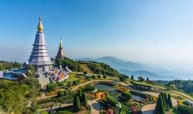 Doi Inthanon, Chiang Mai, Thailand På de ljusa blåtten Arkivfoto