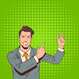 Doigt de point d'homme d'affaires pour copier le bruit Art Colorful Retro Style de l'espace Image stock