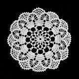 Doily do laço isolado no preto fotos de stock