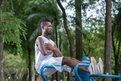 Doing sit-ups Royalty Free Stock Images