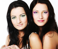 Dois amigos de menina que sorriem junto Fotografia de Stock