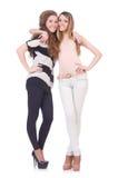 Dois amigos fêmeas isolados Fotografia de Stock