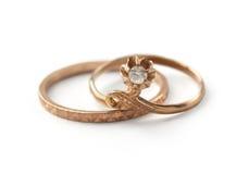 Dois anéis de ouro Fotografia de Stock Royalty Free