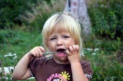 Dois anos de menina idosa Fotografia de Stock Royalty Free