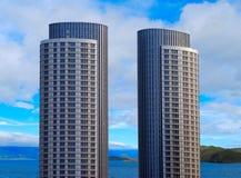 Dois arranha-céus foto de stock royalty free
