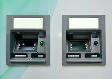 Dois ATM - Máquinas de caixa automatizado. imagem de stock